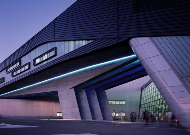 zaha-hadid-bmw-central-building-e1459440006667.jpg