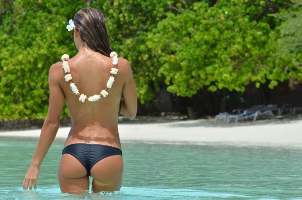 lawai_brazilian_black_bikini.jpg